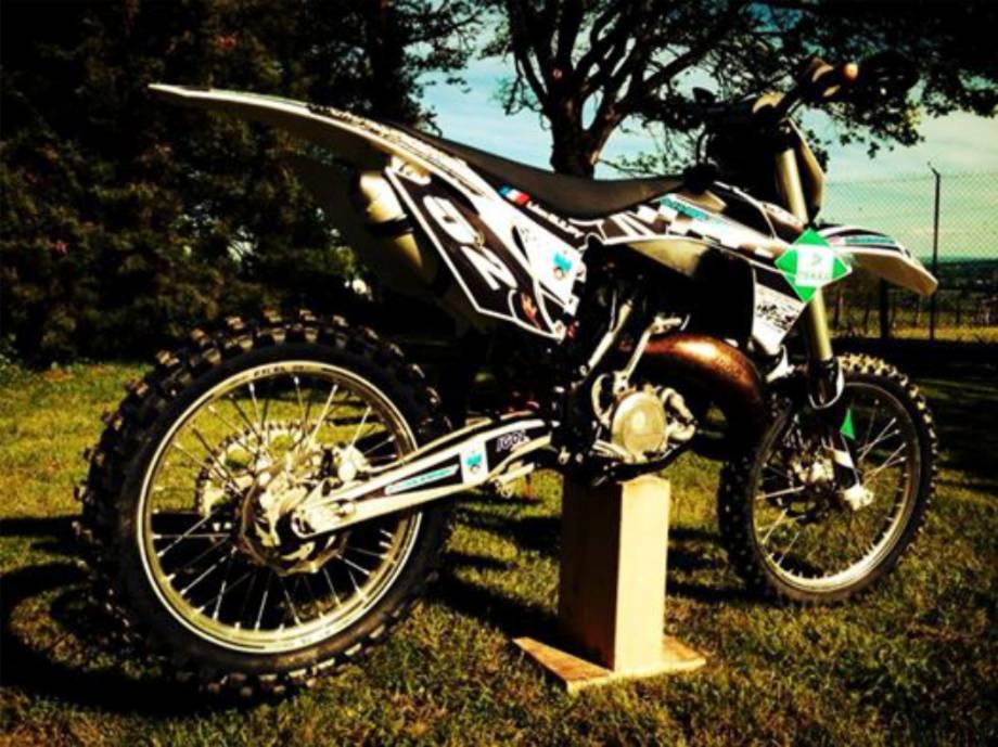 charlemagne kit deco motocross enduro tout terrain perso 12. Black Bedroom Furniture Sets. Home Design Ideas